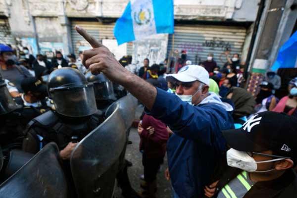Guatemala: Las masas ponen a la oligarquía contra las cuerdas. ¡Fuera Giammattei y su Gobierno de corruptos!