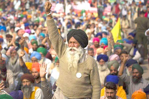 La lucha de clases golpea la India