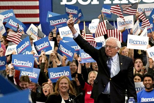 Bernie Sanders arranca victorioso en las primarias demócratas