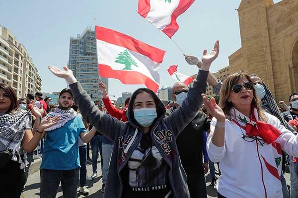 Las movilizaciones resurgen en Líbano frente al colapso económico