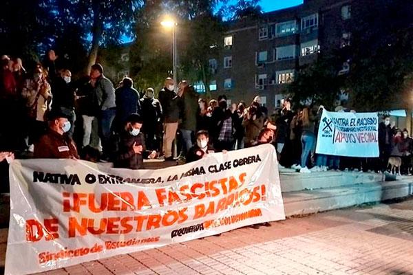 Contundente movilización del barrio de San Blas contra las agresiones fascistas a menores inmigrantes no acompañados
