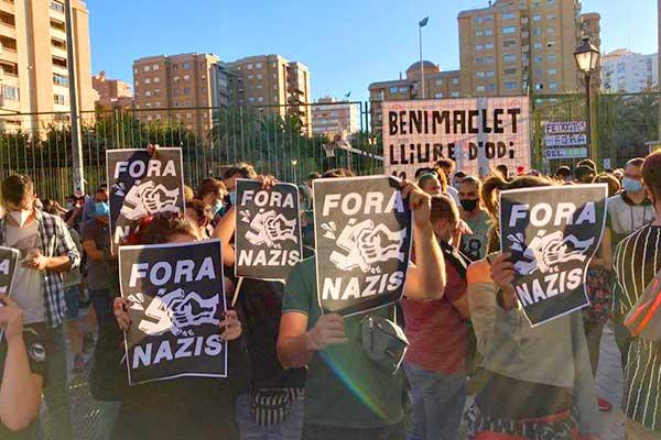 Los vecinos y vecinas de Benimaclet nos levantamos contra los fascistas. ¡No pasarán!