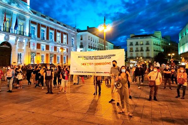 Los trabajadores y la juventud nos concentramos en la Puerta del Sol ¡Ayuso dimisión!