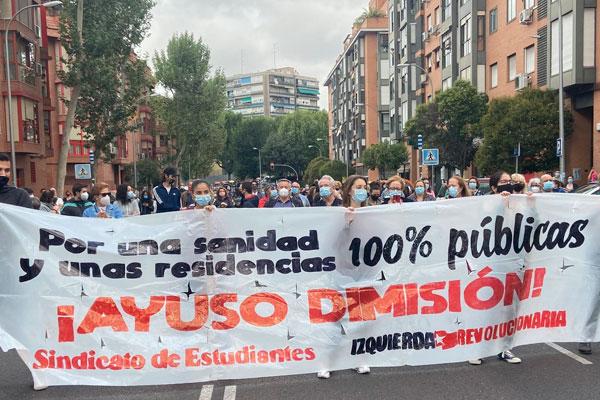¡Más sanidad, menos policía! Los barrios obreros de Madrid nos levantamos contra el confinamiento clasista