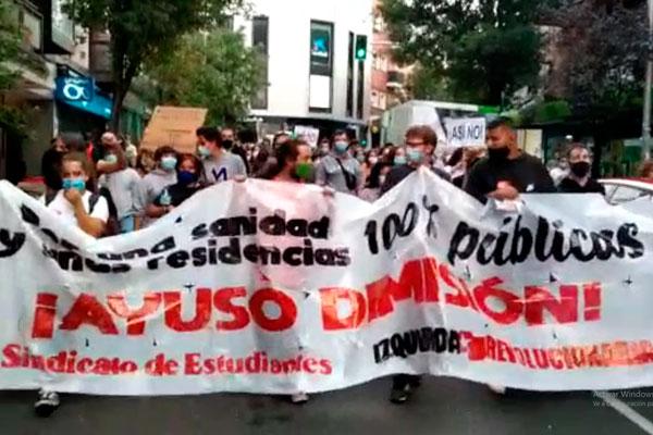 Manifestación en Usera. ¡No es confinamiento, es lucha de clases!