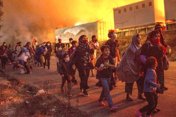 Incendio en el campo de refugiados de Moria. La Unión Europea repite la receta: represión, barbarie y grandes dosis de cinismo