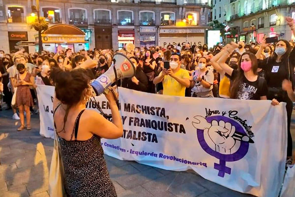 Calles llenas contra la violencia machista. ¡No estamos todas, faltan las asesinadas!