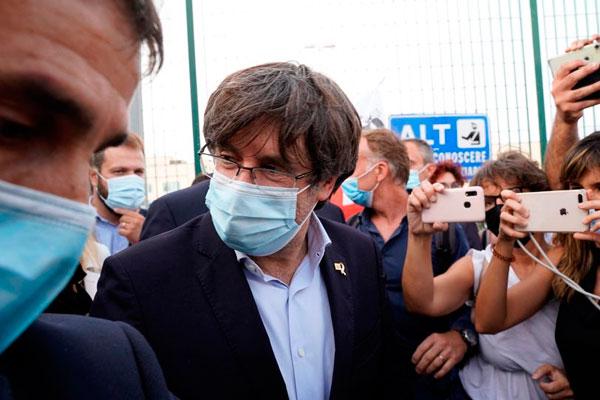 Puigdemont detenido en Cerdeña. La represión, y no el diálogo, es la receta del régimen del 78