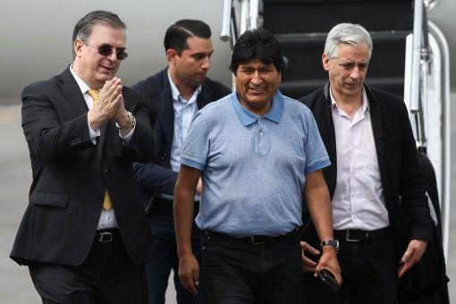 Morales y García Linera llegando a Mexico