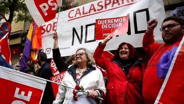 La dirección del PSOE consuma la traición y entrega el gobierno al PP
