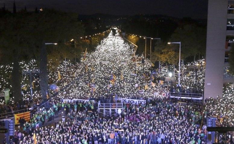Más de un millón de manifestantes en Barcelona por la libertad de los presos políticos