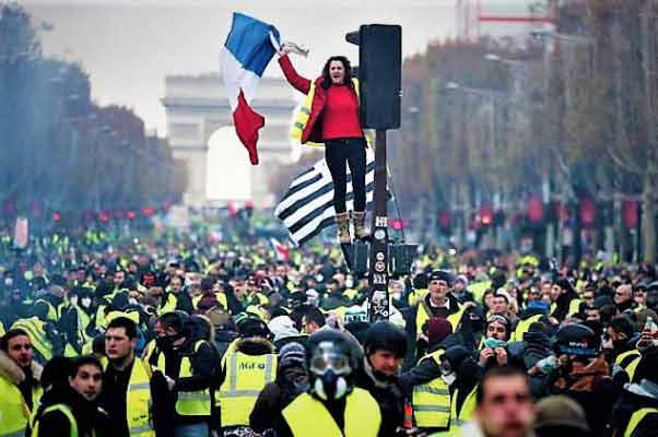 Francia: ¡Solidaridad con los jóvenes y trabajadores! ¡Abajo el gobierno Macron y la violencia policial