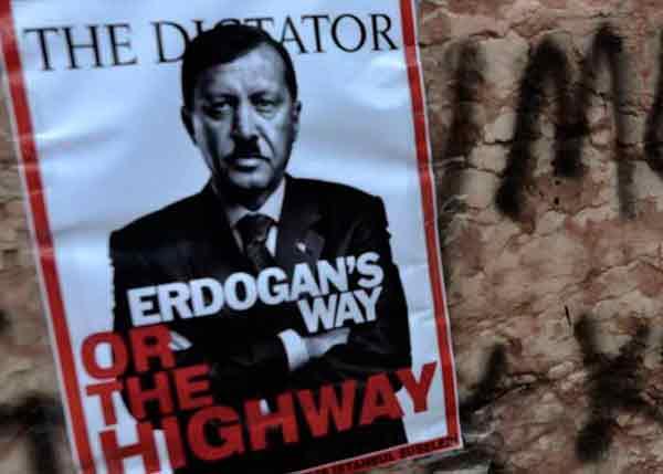 Turquía: La crisis económica muestra la fragilidad del gobierno de Erdogan