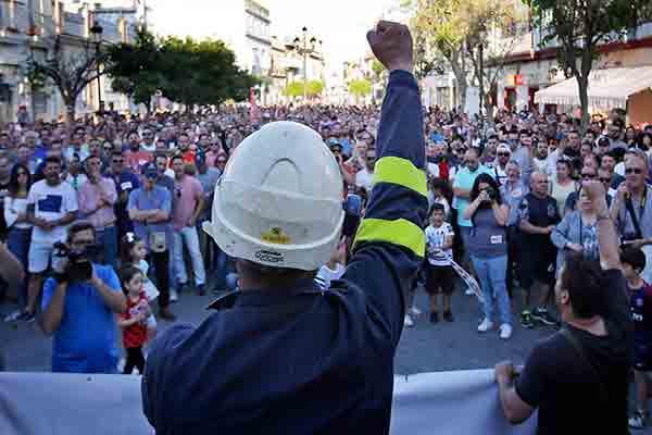 Estado español: Éxito rotundo de la huelga general del metal en la bahía de Cádiz