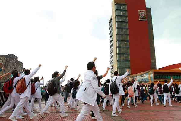 Ciudad de México. Los estudiantes se levantan contra las agresiones y la violencia del sistema