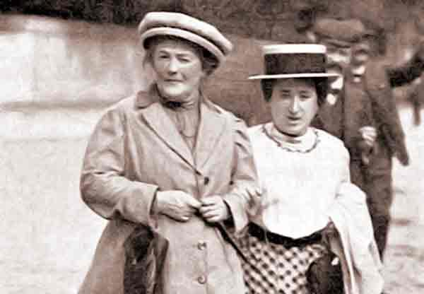 Rosa Luxemburgo y Clara Zetkin